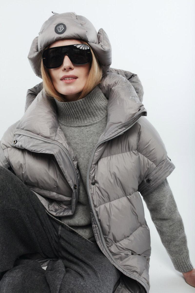 Detachable sleeves in Light Grey